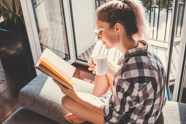 Dia Internacional do livro: O que acontece no seu cérebro quando você lê todos os dias?